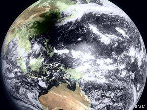 NASA公布日全食期间卫星拍摄地球图片(组图)