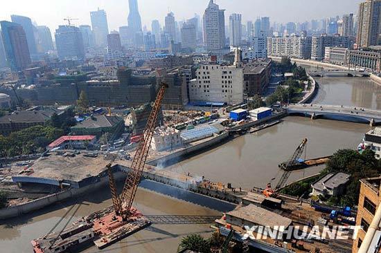 组图:上海拆除跨苏州河吴淞路闸桥