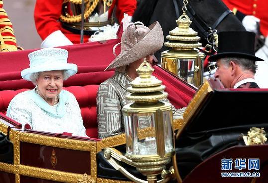 """(国际)(4)英女王""""钻石庆典""""进入尾声"""